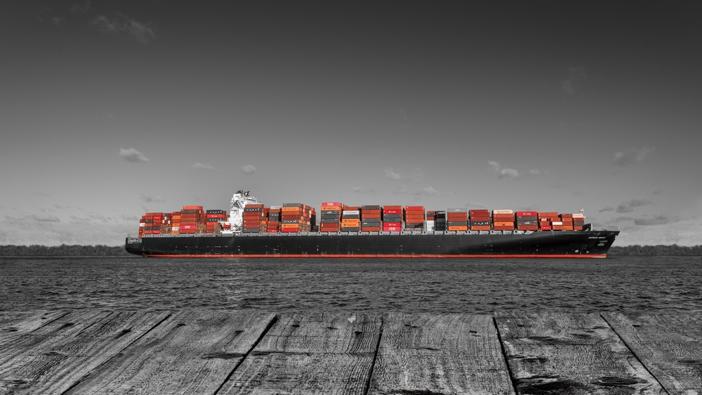 Containerschiff Elbe Hamburg colorkey